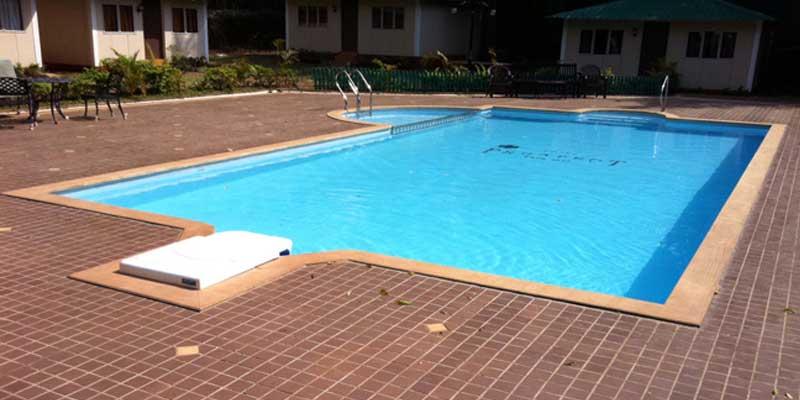 https://prospect-hotel.com/wp-content/uploads/2015/10/pool-view.jpg
