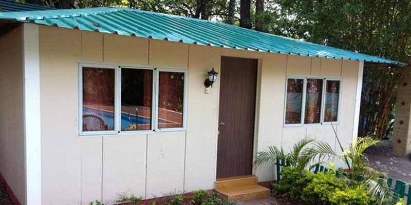 https://prospect-hotel.com/wp-content/uploads/2015/10/poolside-cottage.jpg