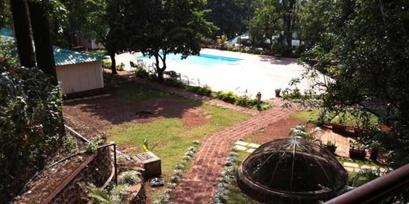 https://prospect-hotel.com/wp-content/uploads/2015/10/poolside-view.jpg